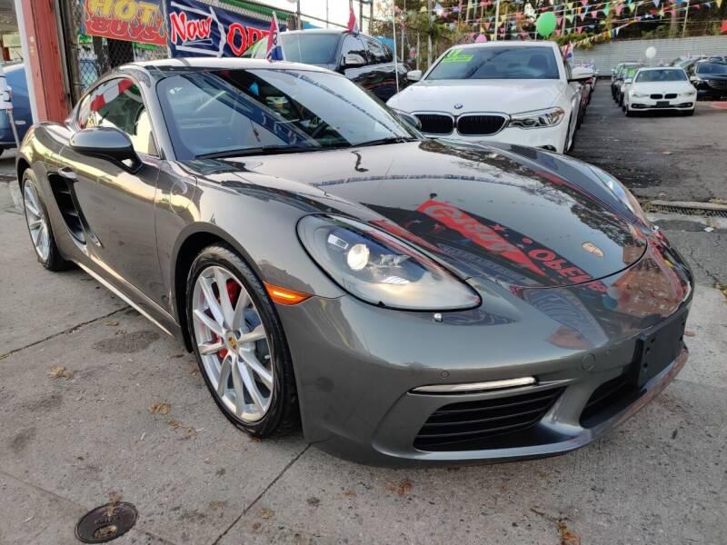 2018 Porsche 718 Cayman for sale at LIBERTY AUTOLAND INC - LIBERTY AUTOLAND II INC in Queens Villiage NY