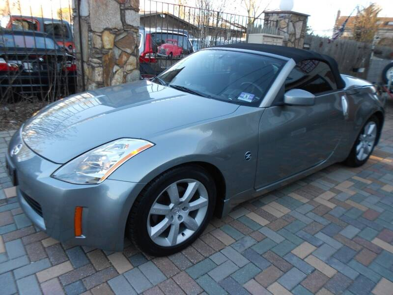 2004 Nissan 350Z for sale at Precision Auto Sales of New York in Farmingdale NY