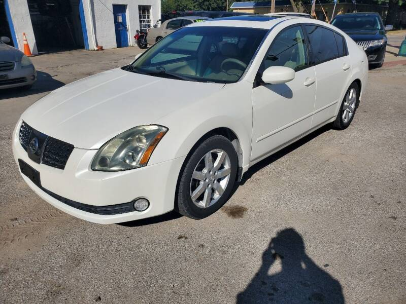 2005 Nissan Maxima for sale at Street Side Auto Sales in Independence MO