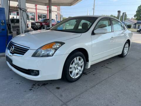 2009 Nissan Altima for sale at JE Auto Sales LLC in Indianapolis IN