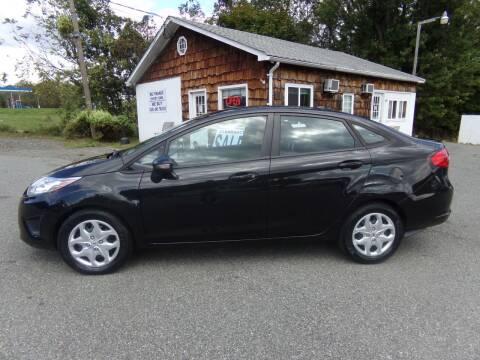 2013 Ford Fiesta for sale at Trade Zone Auto Sales in Hampton NJ