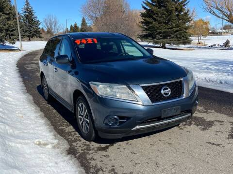 2013 Nissan Pathfinder for sale at BELOW BOOK AUTO SALES in Idaho Falls ID