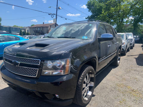 2009 Chevrolet Avalanche for sale at Charles and Son Auto Sales in Totowa NJ