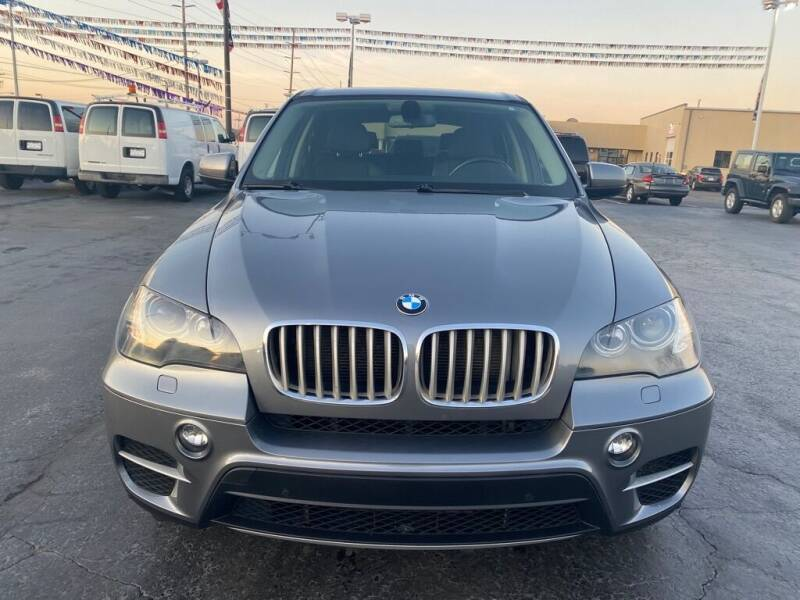 2011 BMW X5 for sale at VIP Auto Sales & Service in Franklin OH