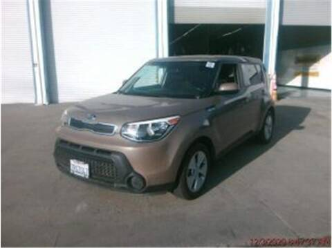 2016 Kia Soul for sale at Dealers Choice Inc in Farmersville CA