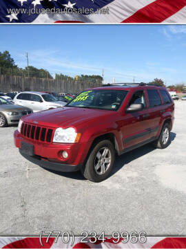 2005 Jeep Grand Cherokee for sale at J D USED AUTO SALES INC in Doraville GA