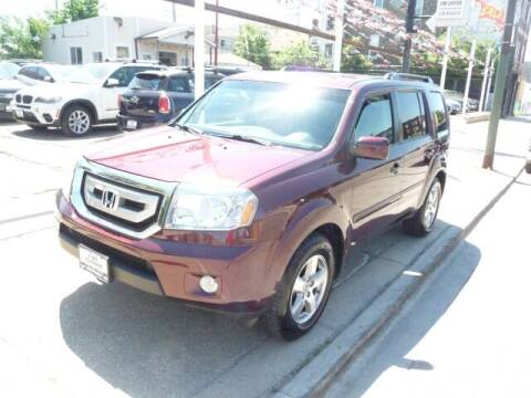 2011 Honda Pilot for sale at Car Center in Chicago IL