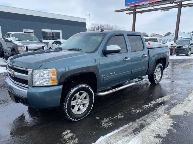 2007 Chevrolet Silverado 1500 for sale at Eagle Auto LLC in Green Bay WI