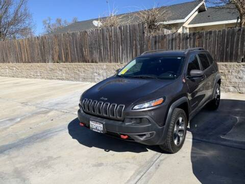 2014 Jeep Cherokee for sale at Guarantee Auto Group in Atascadero CA