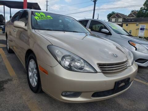 2004 Lexus ES 330 for sale at USA Auto Brokers in Houston TX