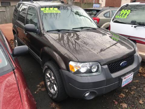2007 Ford Escape for sale at American Dream Motors in Everett WA