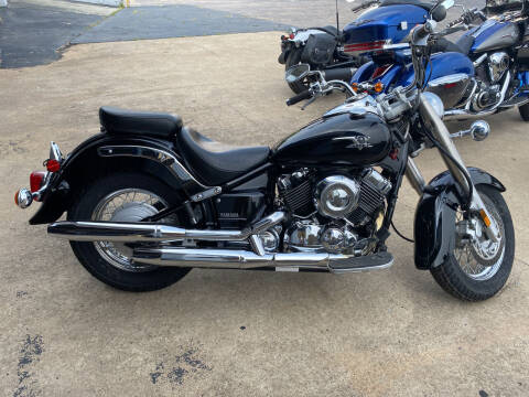 2004 Yamaha VSTAR 650 for sale at Brian Jones Motorsports Inc in Danville VA