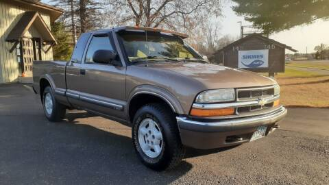 2002 Chevrolet S-10 for sale at Shores Auto in Lakeland Shores MN