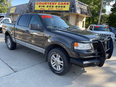 2005 Ford F-150 for sale at Courtesy Cars in Independence MO