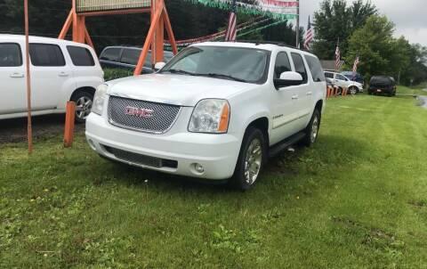2007 GMC Yukon XL for sale at CARS R US in Caro MI