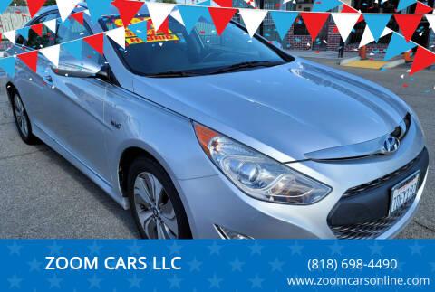 2013 Hyundai Sonata Hybrid for sale at ZOOM CARS LLC in Sylmar CA