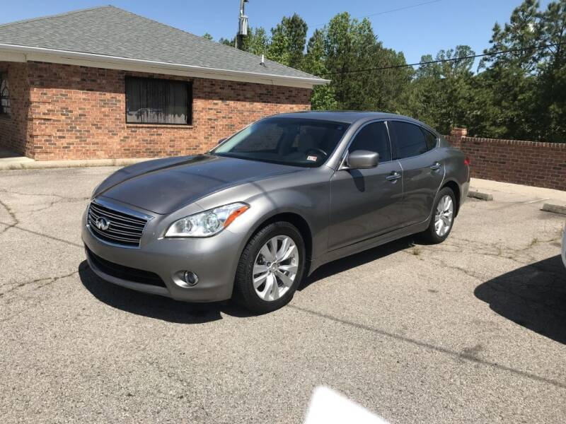 2011 Infiniti M37 for sale at Doug's Auto Sales in Danville VA