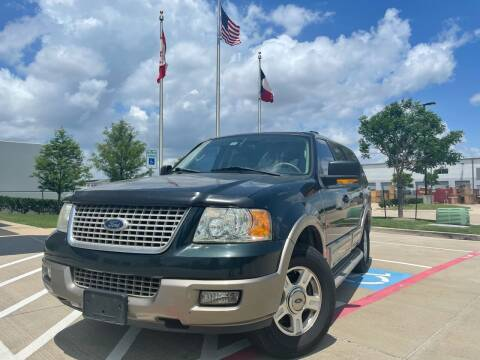 2003 Ford Expedition for sale at TWIN CITY MOTORS in Houston TX