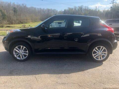 2014 Nissan JUKE for sale at Monroe Auto's, LLC in Parsons TN