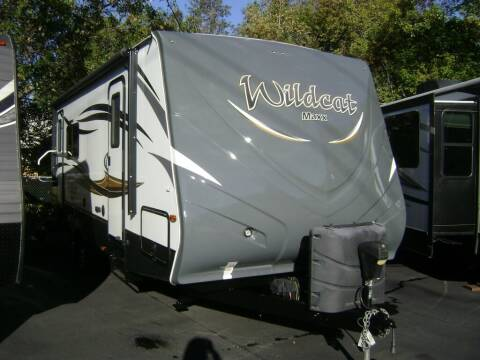 2016 Forest River Wildcat Maxx 24RG / 29ft for sale at Jim Clarks Consignment Country - Travel Trailers in Grants Pass OR