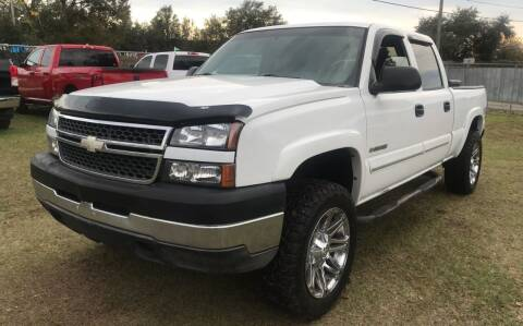 2005 Chevrolet Silverado 2500HD for sale at MISSION AUTOMOTIVE ENTERPRISES in Plant City FL