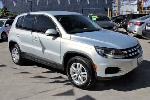 2012 Volkswagen Tiguan for sale at FJ Auto Sales in North Hollywood CA