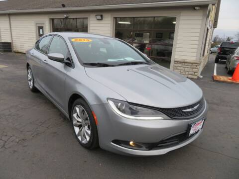 2015 Chrysler 200 for sale at Tri-County Pre-Owned Superstore in Reynoldsburg OH