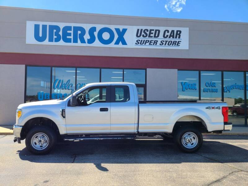 2017 Ford F-250 Super Duty for sale at Ubersox Used Car Superstore in Monroe WI