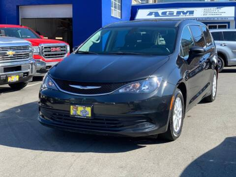 2018 Chrysler Pacifica for sale at AGM AUTO SALES in Malden MA