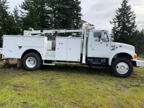 2000 International 4700 for sale at DirtWorx Equipment - Trucks in Woodland WA