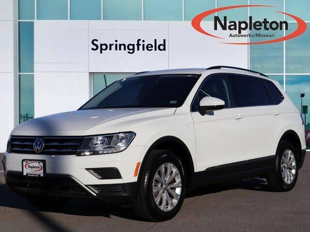 2018 Volkswagen Tiguan for sale at Napleton Autowerks in Springfield MO