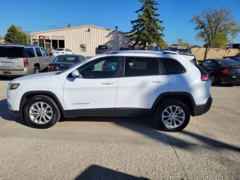 2020 Jeep Cherokee for sale at Chuck's Sheridan Auto in Mount Pleasant WI