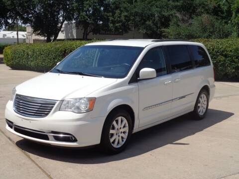 2013 Chrysler Town and Country for sale at Auto Starlight in Dallas TX