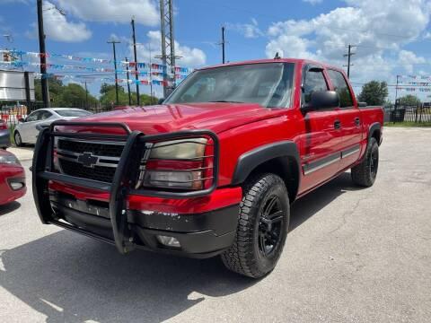 2007 Chevrolet Silverado 1500 Classic for sale at Lemanz Motors in San Antonio TX
