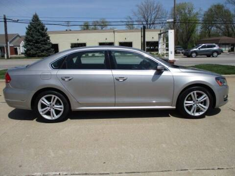 2012 Volkswagen Passat for sale at Pinnacle Investments LLC in Lees Summit MO