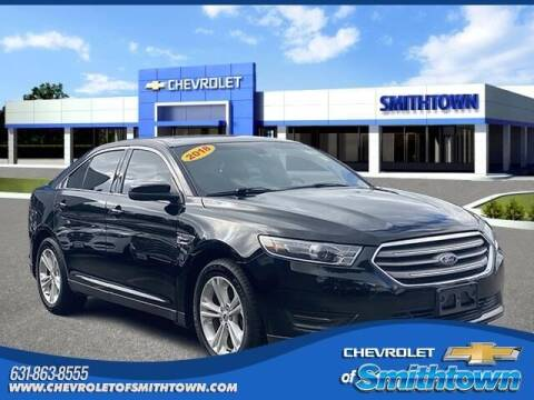 2018 Ford Taurus for sale at CHEVROLET OF SMITHTOWN in Saint James NY