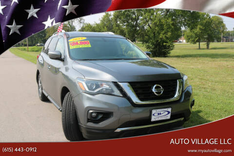 2018 Nissan Pathfinder for sale at AUTO VILLAGE LLC in Lebanon TN