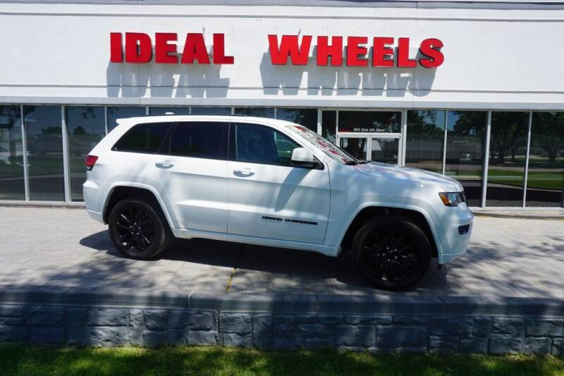 2019 Jeep Grand Cherokee for sale at Ideal Wheels in Sioux City IA