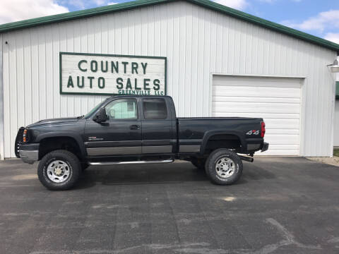 2004 Chevrolet Silverado 2500HD for sale at COUNTRY AUTO SALES LLC in Greenville OH