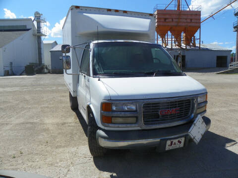 1999 GMC Savana for sale at J & S Auto Sales in Thompson ND