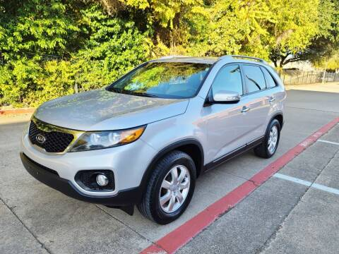 2013 Kia Sorento for sale at DFW Autohaus in Dallas TX