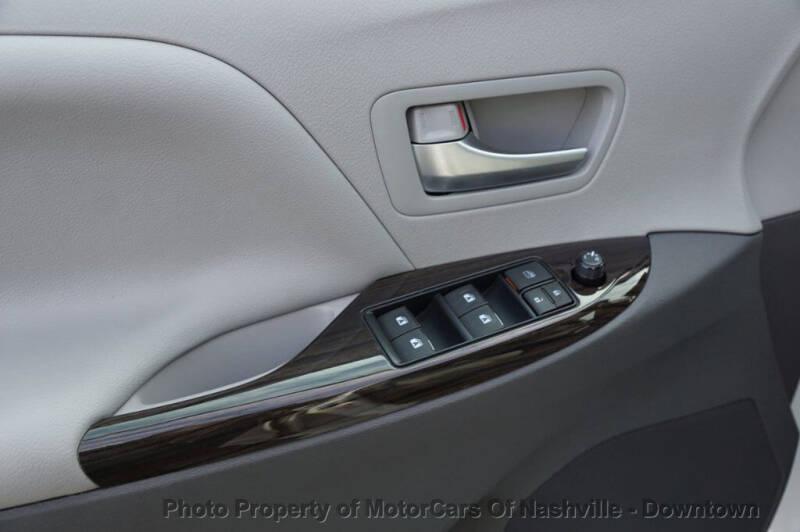 2017 Toyota Sienna XLE FWD 8-Passenger - Nashville TN