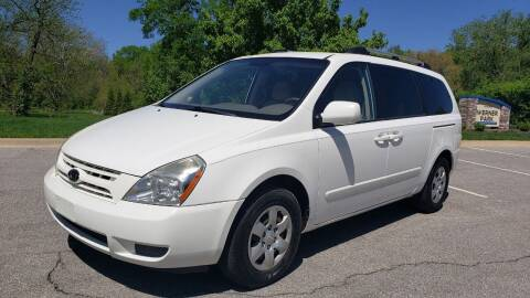 2008 Kia Sedona for sale at Nationwide Auto in Merriam KS