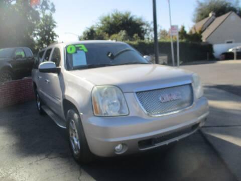 2007 GMC Yukon XL for sale at Quick Auto Sales in Modesto CA