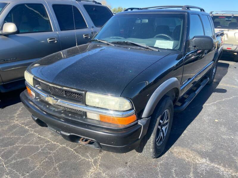 2003 Chevrolet S-10 for sale at Sartins Auto Sales in Dyersburg TN