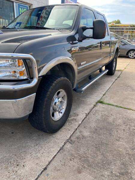 2006 Ford F-250 Super Duty for sale at Demetry Automotive in Houston TX