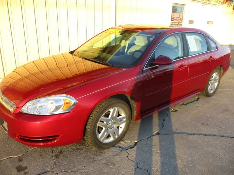 2013 Chevrolet Impala for sale at Lincoln Way Motors II in Cedar Rapids IA