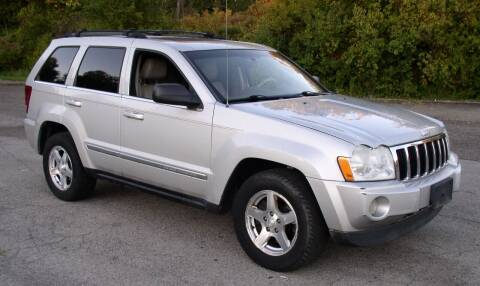 2006 Jeep Grand Cherokee for sale at Angelo's Auto Sales in Lowellville OH