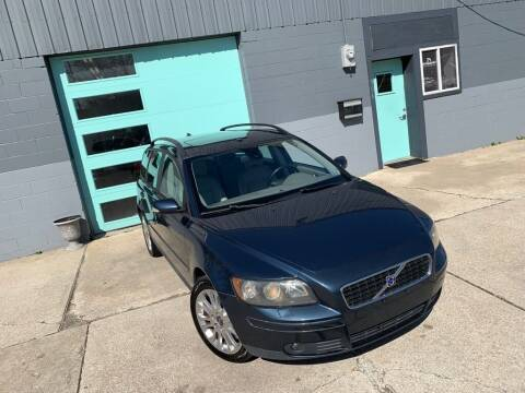 2006 Volvo V50 for sale at Enthusiast Autohaus in Sheridan IN