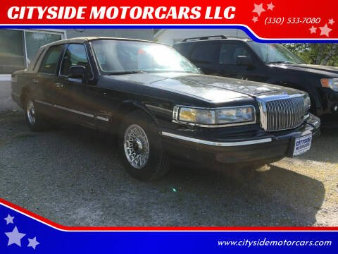 1997 Lincoln Town Car for sale at CITYSIDE MOTORCARS LLC in Canfield OH